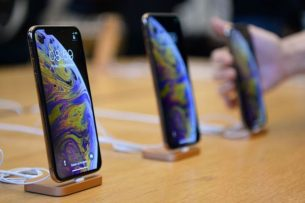 Apple to repair it's iPhones with 3rd Party Batteries